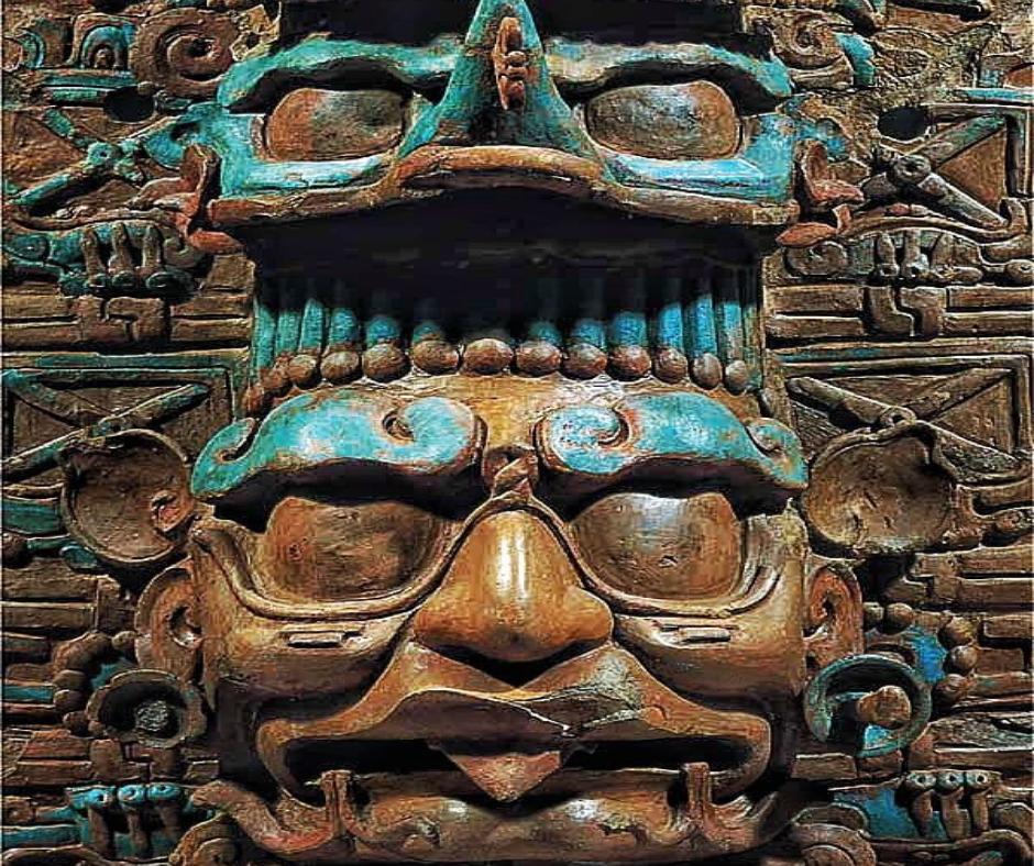 Mitología Maya estatua