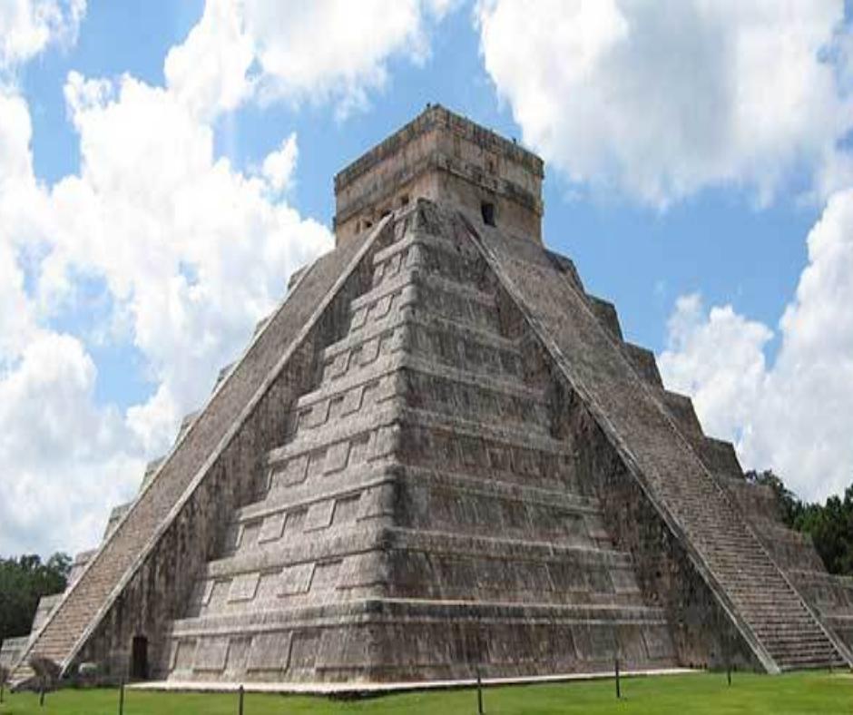 Mitología Maya piramide
